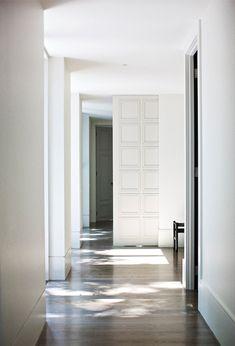 Floor to ceiling sliding door in an Australian residence designed by Wonder. Photo by Paul Barbera.