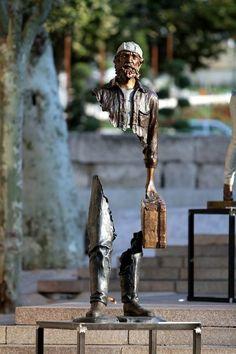 Creative Street Art Sculptures by Bruno Catalano, Bronze Sculptures with Missing Pieces Art, illustration Art, inspiration Street Artwork & Bruno Catalano Bio Art Installation, Statues, Street Art, Urbane Kunst, Art Sculpture, Land Art, French Artists, Public Art, Urban Art