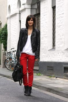 my most favorite pair of jeans i ever owned were red skinny jeans, i just can't fit in them now :(