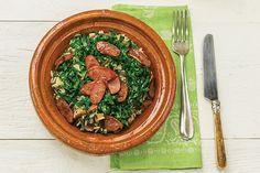Pode chamar toda a família para o almoço: este prato é um clássico mineiro, cheio de sabor, preparado em uma panela só!