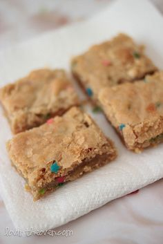 cake batter bars--I used yellow cake mix instead of funfetti and it still tastes yummy :)