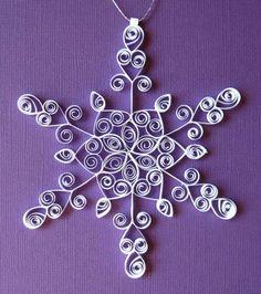 Eine Idee aus Papier - Schneeflocken im Winter basteln
