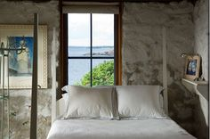 Hunting Island Cottage Bedroom-Home and Garden Design Ideas!