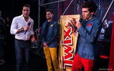 Stasera terza puntata di #XFactor Italia 2014 e terzo #outfit #ATPCO dei #TWIX Reporters Leonardo Decarli e Federico Clapis.  Un'immagine della scorsa puntata del 30 ottobre in attesa del #live di stasera. #XF8 #Xtra8 #fashion #style
