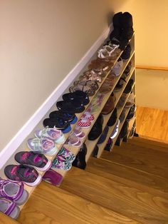 Brilliant DIY Shoe Storage Ideas For Best Home Organization 35 Shoe Storage Small, Entryway Shoe Storage, Diy Storage, Shoe Storage For Stairs, Shoe Storage Ideas For Small Spaces, Storage For Shoes, Cheap Storage, Storage Design, Stairway Storage
