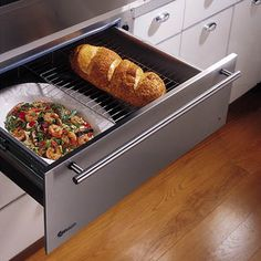 No dream kitchen is complete without a warming drawer! I will have this in my new kitchen. New Kitchen, Kitchen Dining, Kitchen Decor, Decorating Kitchen, Design Kitchen, Kitchen Interior, Kitchen Ideas, Interior Decorating, Interior Design