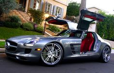 Such a sexy car... Mercedes SLS Amg