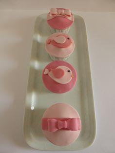 Cupcakes para festa de aniversário de menina (organizada pela Lima Limão)