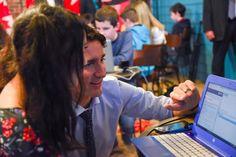 Le Premier ministre Justin Trudeau apprend à coder!