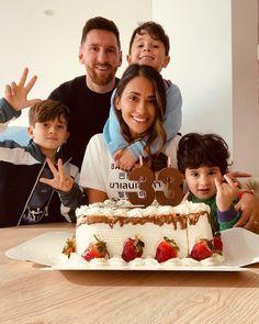 Lionel Messi Family, Antonella Roccuzzo, Leo, Lionel Messi Barcelona, Argentina National Team, 23 March, Sports Celebrities, Cristiano Ronaldo, Cake