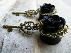 Black Flower And Vintage Heart Key Ear Gages