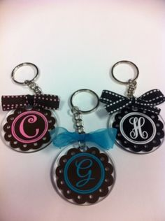 Scalloped initial key chains .... <3