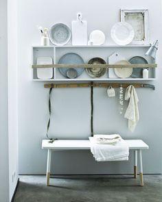 Jeroen van der Spek:::Interior | stillstars.commet borden Wonki Ware en linnen Society van YOTH