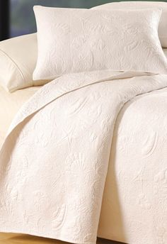 White Shell Matelasse Bedding Collection / Bedding / Coastal Bedding / Linens