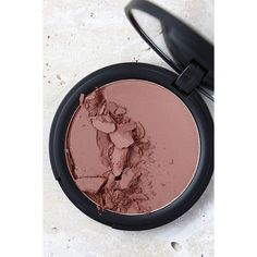 Sigma Aura Powder Cor de Rosa Nude Blush ($19) ❤ liked on Polyvore featuring beauty products, makeup, cheek makeup, blush, beige and powder blush