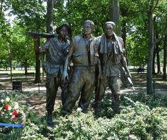 The Three Soldiers, Vietnam Memorial in Washington DC.