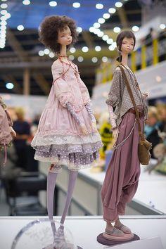 Конечно, я уже далеко не первая со своим фотоотчетом с кукольной выставки в «Тишинке», но, надеюсь, кому-то все же будет