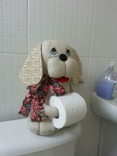 Resultado de imagen para porta papel higienico Cat Crafts, Sewing Crafts, Diy And Crafts, Sewing Projects, Projects To Try, Diy Toilet Paper Holder, Toilet Roll Holder, General Crafts, Quilts