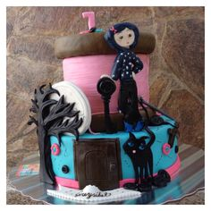Coraline Cake.. Made by me.. It was so much fun to made..
