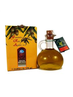Molino Don Felix Extra Vergin Olive Oil also comes in this jug of 250 ml presented in individual boxes.  This differs from other types of oil for the fruity aroma and the flavor due to the delicate variety of native olives Hojiblanca, Lechín and Picual.  Maximum acidity 0.6 º.