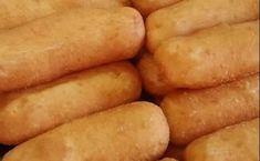 Ποντιακά πιροσκί στο τηγάνι: Τραγανά με γέμιση από φέτα και γιαούρτι Hot Dog Buns, Hot Dogs, Greek Recipes, Feta, Kai, Cooking Recipes, Potatoes, Bread, Vegetables