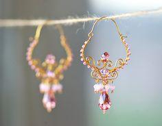 Pendientes de alambre y cuentas // Wire and beads earrings