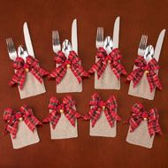 Tartan Plaid Christmas Silverware Holders from Collections Etc. Easy Christmas Decorations, Christmas Favors, Christmas Napkins, Felt Christmas Ornaments, Christmas Sewing, Plaid Christmas, Christmas Crafts For Kids, Christmas Projects, Holiday Crafts