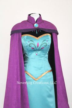 Snow Queen Elsa Coronation Costume by NeverbugCreations on Etsy Stitch Halloween Costume, Disney Halloween Costumes, Stitch Costume, Frozen Disney, Elsa Coronation Dress, Princess Inspired Outfits, Ariel Cosplay, Blue Costumes, Fairy Costumes