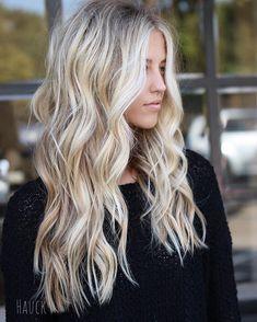 great Balayage hair for blond hair – Hair Ideas Hair Color And Cut, Balayage Hair, Haircolor, Hair Dos, Gorgeous Hair, Pretty Hairstyles, Dyed Hair, Curly Hair Styles, Hair Beauty