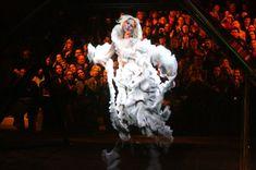 2006, holograma ( Kate Moss) desfile de Alexander Mcqueen.