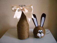 Easter Projects, Easter Crafts, Holiday Crafts, Projects To Try, Wine Bottle Crafts, Bottle Art, Crafts To Sell, Diy And Crafts, Jute Crafts