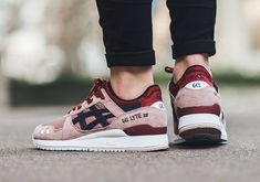 The Asics Gel Lyte 3 Adobe Rose features a handful of colors all representative of different colors of roses.