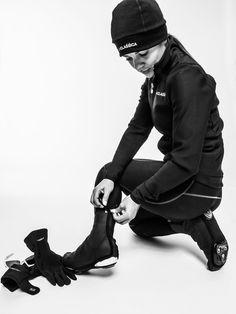 Light, elegant and state-of-the-art: LaClassica's overshoes. Find out more on laclassica.com.  Leggeri, eleganti e all'avanguardia: sono i copriscarpe de LaClassica. Scopri di più su laclassica.com