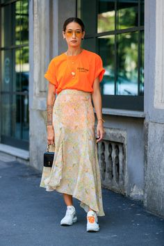 57 Best Street Style From Milan Fashion Week 2019 - Outfitcast - Look Fashion, Fashion Outfits, Womens Fashion, Fashion Trends, Fashion Styles, Sneakers Fashion, Fashion Boots, High Fashion, Fashion Tips