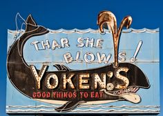 Thar She Blows- great animated tail! Old Neon Signs, Vintage Neon Signs, Old Signs, Roadside Signs, Roadside Attractions, Advertising Signs, Vintage Advertisements, York Maine, Neon Moon
