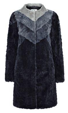 ШУБА ИЗ МЕХА КРОЛИКА Virtuale Fur Collection (Модель:84622000)