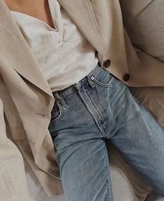 Everyday uniform. #PremiumVintage - casual fall outfit, winter outfit, style, outfit inspiration, millennial fashion, street style, boho, vintage, grunge, casual, indie, urban, hipster, minimalist, dresses, tops, blouses, pants, jeans, denim, jewelry, accessories