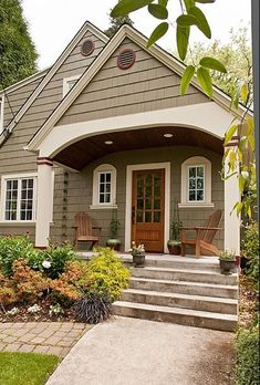 Key west exterior house colors craftsman exterior colors, exterior paint id Cottage Exterior Colors, Exterior Color Schemes, Exterior Paint Colors For House, Paint Colors For Home, Exterior Design, Exterior Siding, House Siding Colors, Craftsman Exterior Colors, Green Siding