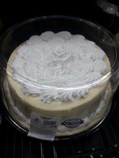 e41d709c9a Sam s Club   10 in Vanilla Bean Shadow Cake