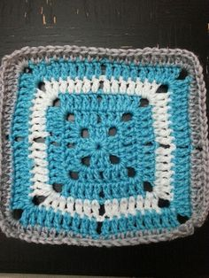 Ravelry: Project Gallery for Simple Filet Crochet Starburst Square pattern by Sara Rivka