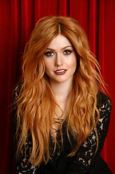 20 Short Spiky Hairstyles For Women Katherine McNamara Supports Girl Up SchoolCycle Campaign: Photo Katherine McNamara looks stunning as she flings a deck of cards in an image from a new photo shoot. Earlier this week, Shadowhunters actress attended… Katherine Mcnamara, Beautiful Red Hair, Beautiful Redhead, Gorgeous Teen, Beautiful People, Short Spiky Hairstyles, Red Hair Woman, Redhead Girl, Ginger Hair