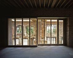 Eine klare Sache: architektonisch kreative Fenster und Türen