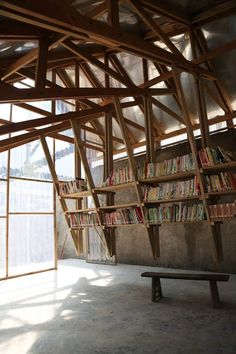 Community Library in China turns a roof into a game .- Community Library in China macht aus einem Dach einen Spielplatz – Community Library in China turns a roof into a playground – roof - Timber Architecture, Architecture Design, Library Architecture, Maquette Architecture, China Architecture, Vernacular Architecture, Timber Roof, Community Library, Community Space