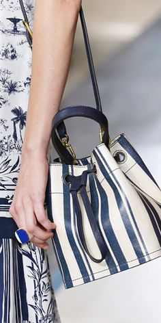 A mini bucket bag in blue and white, one of Tory's all time favorite color combinations #toryburch #toryburchspring15 #nyfw