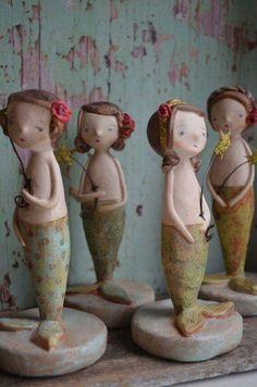 Mermaid dolls. Paper Clay, Paper Mache Clay, Paper Art, Mermaid Dolls, Mermaid Art, Arte Popular, Toy Art, Clay Dolls, Art Dolls