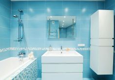 baño-color-azul-celeste