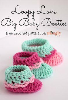 Loopy Love Big Baby Booties free crochet pattern (Moogly)