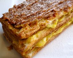 Milhojas con Arequipe (Colombian Dulce de Leche Pastry)  http://www.mycolombianrecipes.com/milhojas-con-arequipe-colombian-dulce-de-leche-pastry