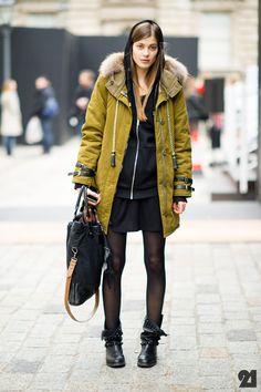 Le 21ème | Larissa Hofmann | London 5/12 | WHAT Antik Batik, Zara #i need that coat.