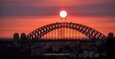 The Sydney Harbour Bridge takes a final bow! #sydneyharbourbridge #sunset #colorful #beautiful #awesome #igers #igsydney #architecture #lines #geometric #instagood #archidaily #photowalks #joemorenophotographer #nocameratoohard  See the big picture @joemorenophotos by smarterdigital http://ift.tt/1NRMbNv